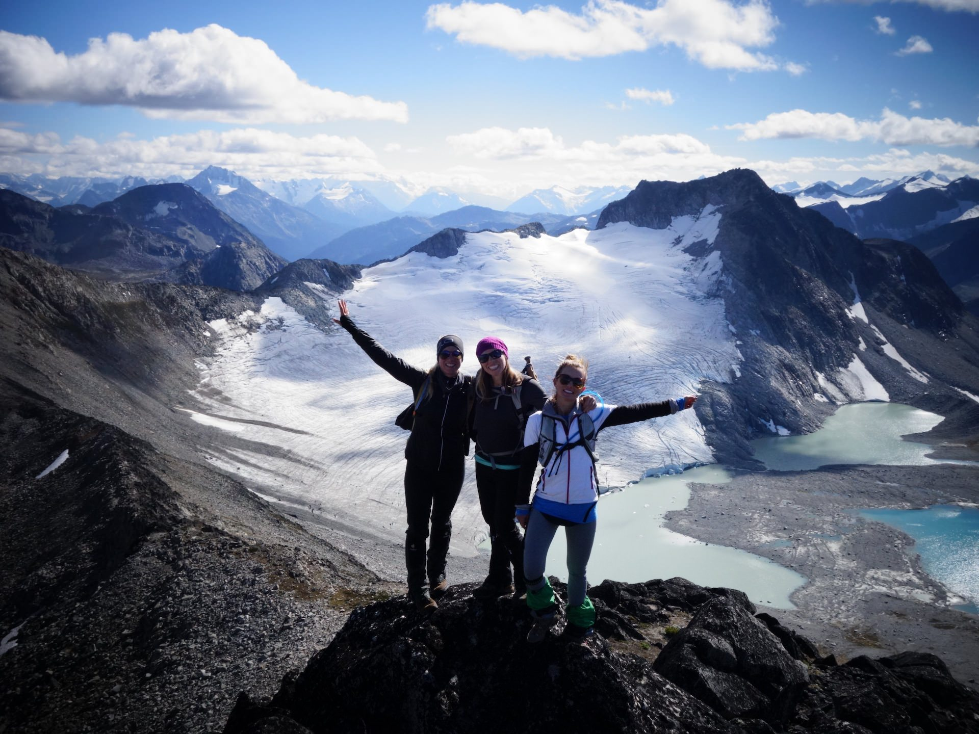 Best-Alpine-Hiking-BC-Yoho-Adventures-