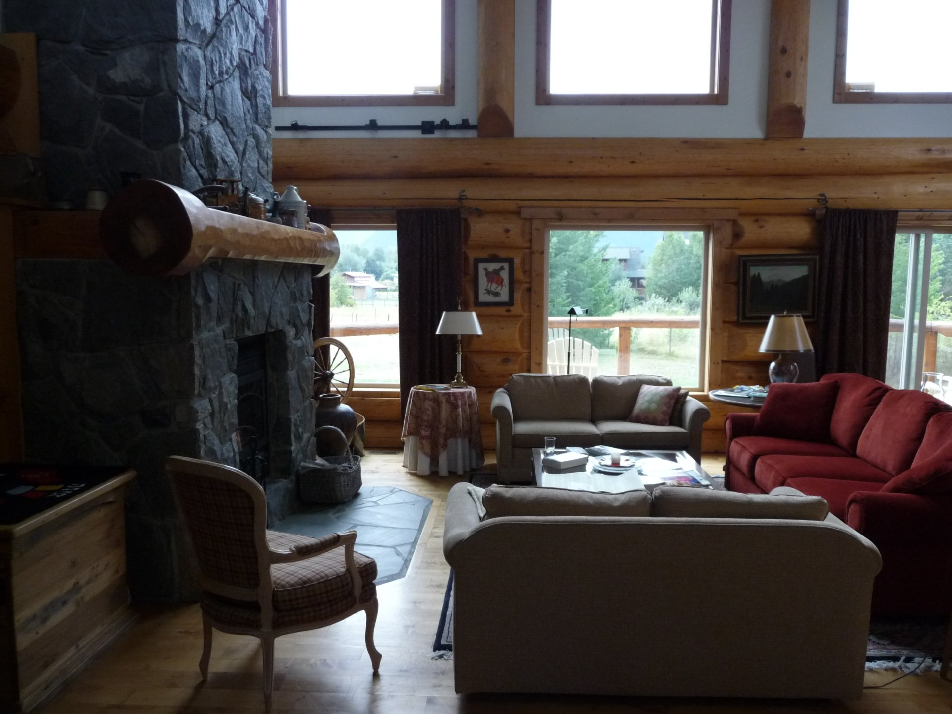 Photo-4-Cozy-Accommodations-e1417513556872